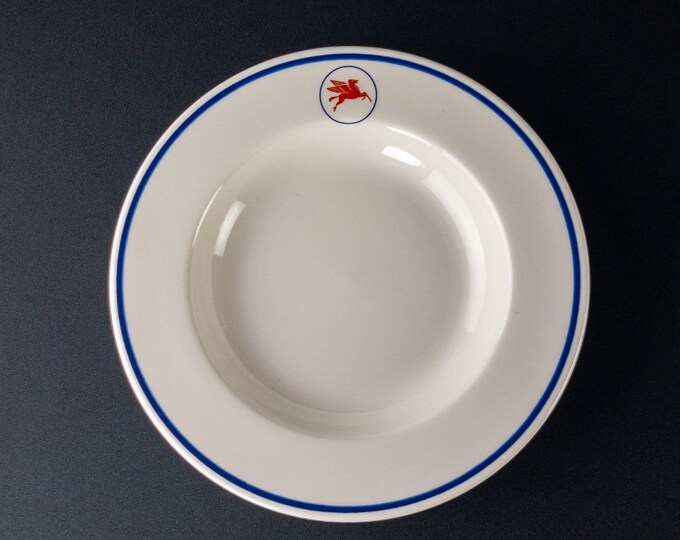 """Mobil Oil Company Tanker Refinery 9"""" Pegasus Pattern Soup Bowl Plate By Syracuse China"""
