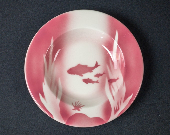 """Shadowtone Stencil Airbrush Pink Fish Bowl Seafood Pattern 9"""" Soup Plate Bowl Restaurant Ware by Syracuse China 1960s"""