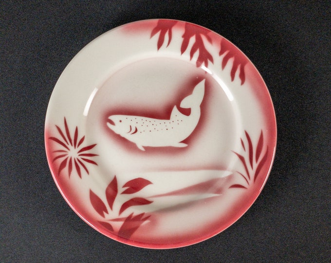 """Stencil Airbrush Pink Red Fish Trout Pattern 9"""" Plate Restaurant Ware By Jackson China Kalberer 1960s"""