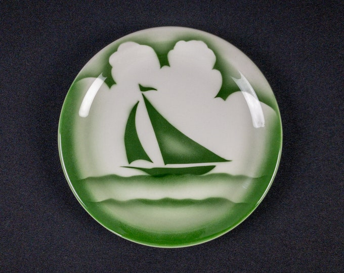 """Stencil Airbrush Green Sailboat Clouds 7-1/2"""" Side Plate Restaurant Ware By Jackson China 1960s"""