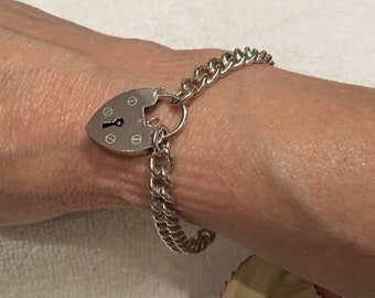 Wonderful Quality Vintage ENGLISH SOLID Sterling Silver CHARM Bracelet-Ready for Charms-Every Link Stamped for Sterling Silver-20.50 grams
