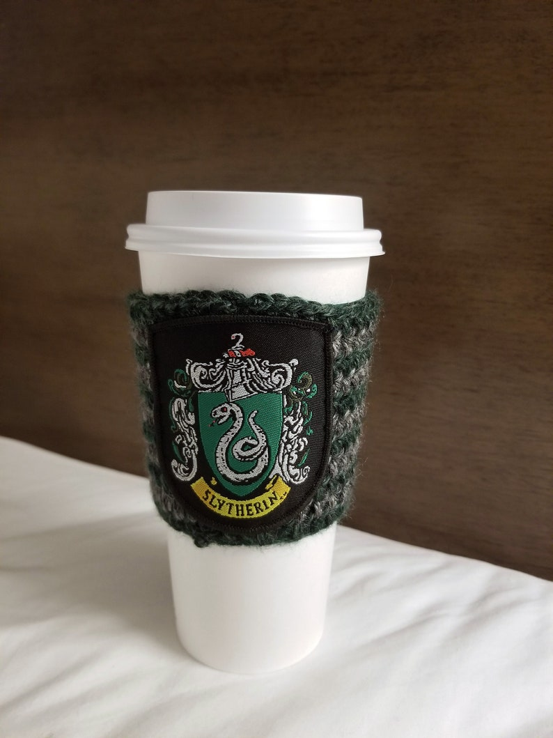 Coffee cup holder with Slytherin patch / Reusable Cup Holder / image 0