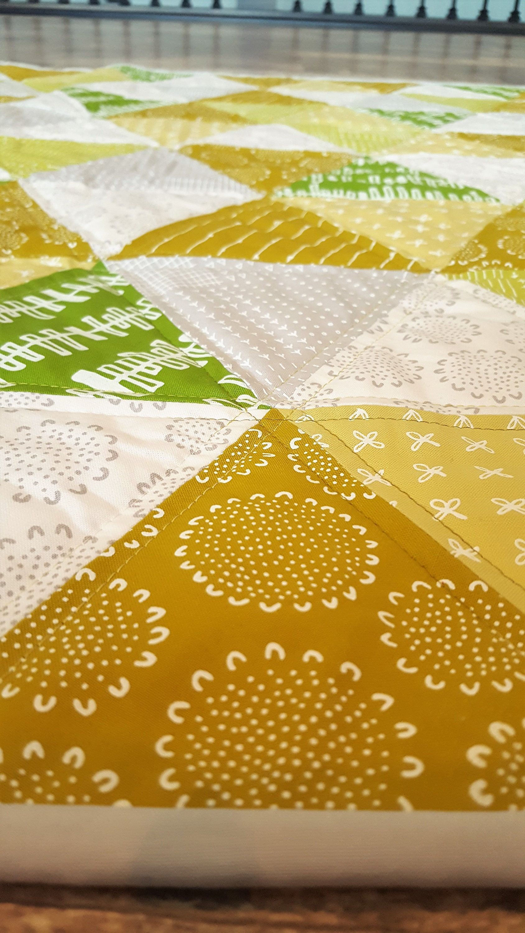 Crib Size Triangle Quilt