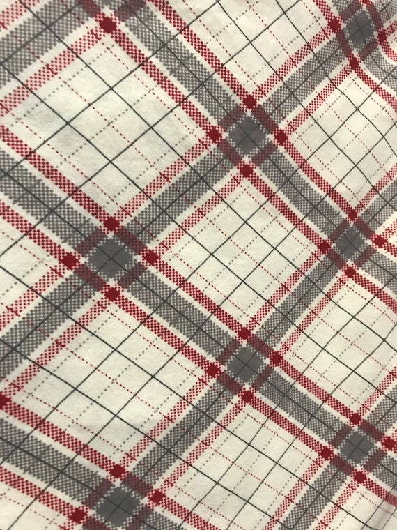 """Riley Red Gray Plaid 16/"""" x 16/"""" or 18/""""x18/""""// Flannel Pillow Cover"""