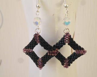 Square 3D peyote stitch earrings