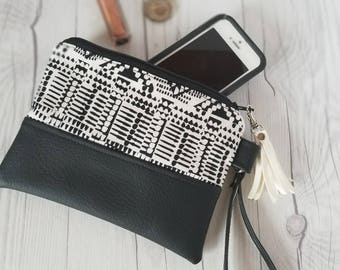 Black White Wristlet - Wristlet Wallet - Womens Wallet - Faux Leather - Small Crossbody - Phone Wallet - Wristlet Purse - Geometric Print