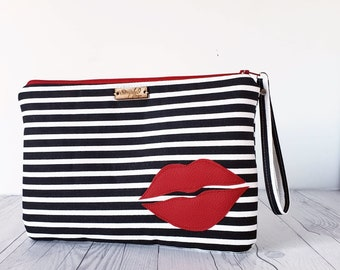 Striped Clutch, Wristlet Clutch, Faux Leather, Wristlet Bag, Wristlet Purse, Clutch Purse, Clutch Bag, Crossbody, Striped Bag, Red Bag