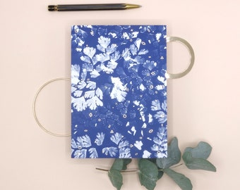 Greeting Card A Thousand Thoughts - Cyanotype design - Gold foil finish - FSC paper - blue - analogue photography - stationary - envelope