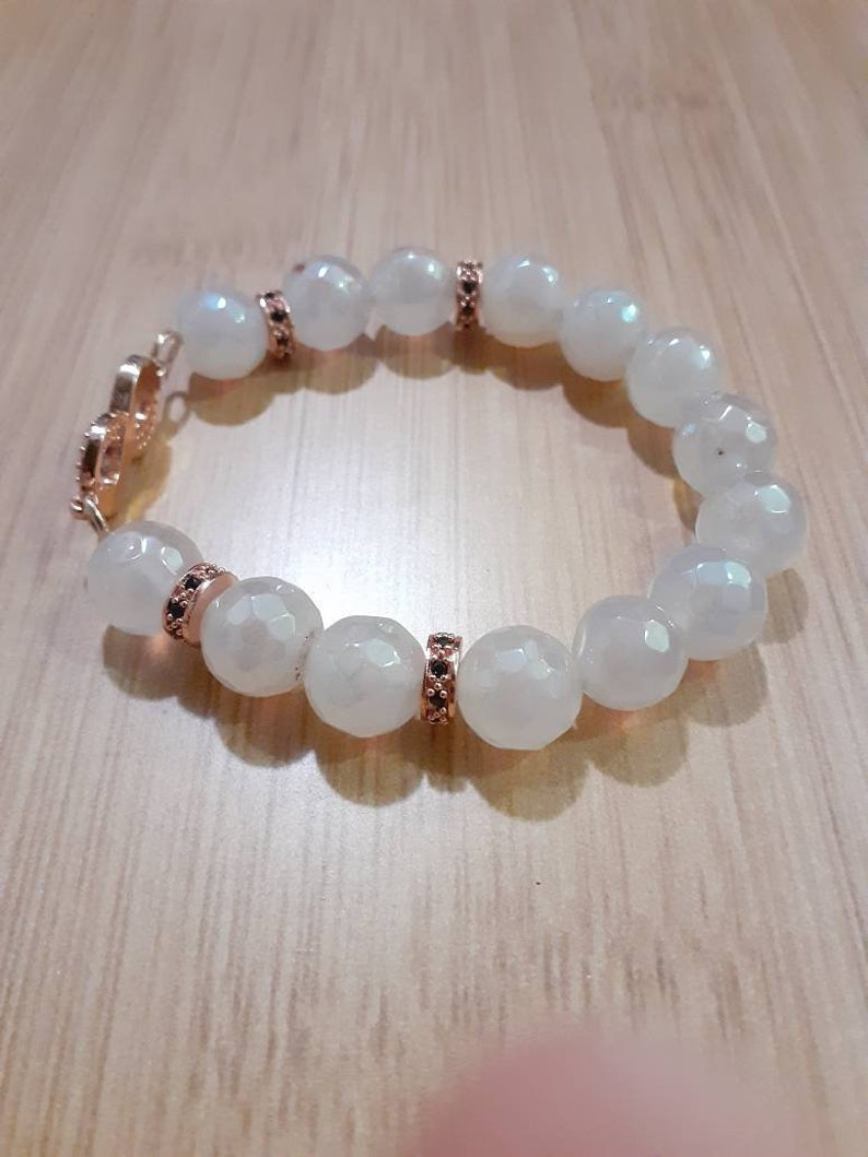 Single Size 6.5 Beautiful 10mm White Faceted Electroplated Agate Beads Bracelet with Rose Gold Accents Beaded Bracelet for Women 1