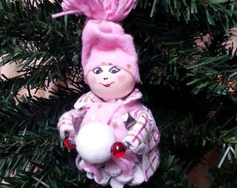 Christmas Elf, pine cone Elf, Christmas pine cone, Christmas tree decor, Christmas gift, hanging ornament, Table decor, Christmas present