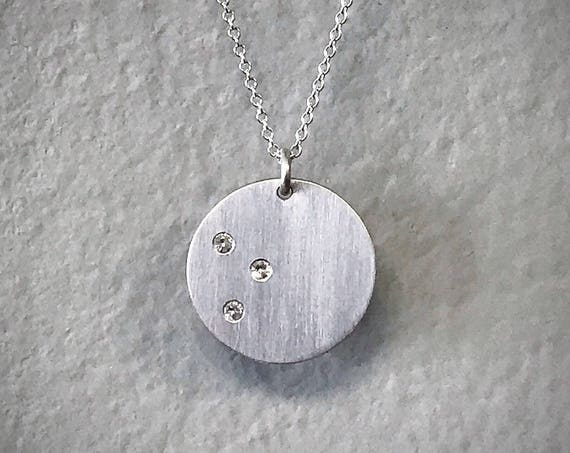 White Sapphire Disc Necklace - Three Stone