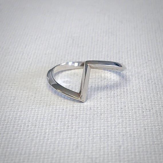 V Ring - Sterling Silver