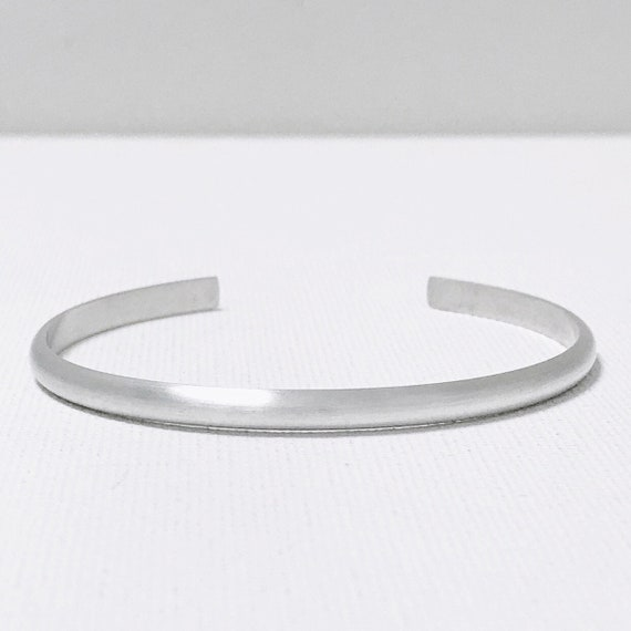 Pillow Cuff Bracelet - Thin