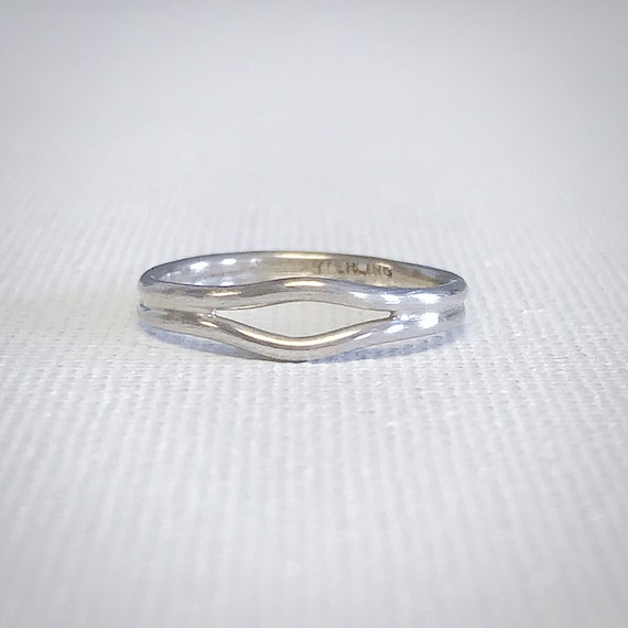 Swell Ring - Sterling Silver