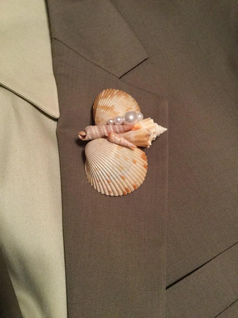 Seashell Corsage Pin Natural Beach Look Boutonniere,Beach Art Pin Beach Wedding Boutonniere Nautical Boutonniere Shell Brooch