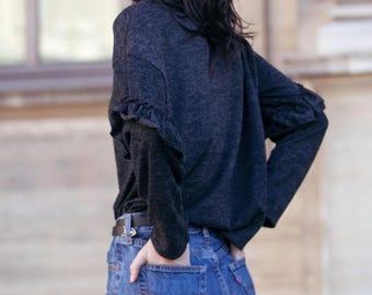 Flounced sleeves sweater