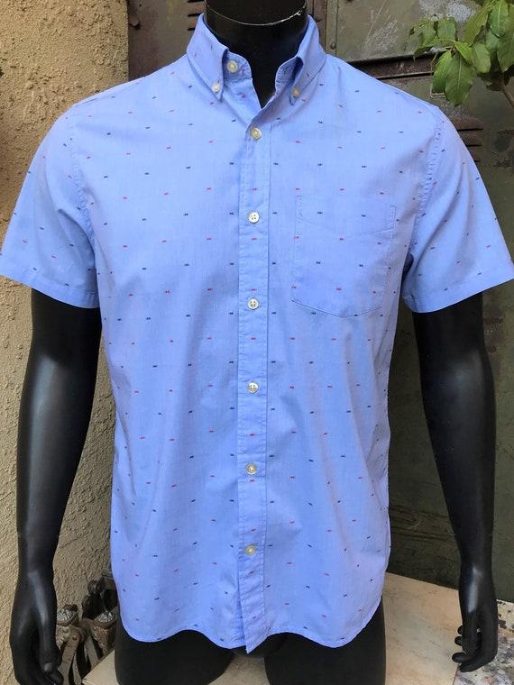 GAP Men's Short Sleeve Casual Shirt, CottonSpandex Standard Fit Stretch, Button Front Size Medium Vintage Baby Blue