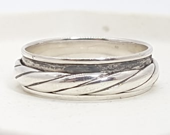 Personalised Twisted Spinner Ring * Sterling Silver * Boho * Anxiety, Meditation, Worry, Spinning Jewelry * Spin, Fidget