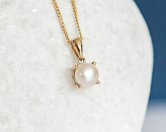 Personalised 9ct Yellow Gold Pearl June Birthstone Pendant Necklace