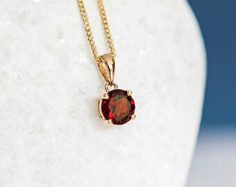 Personalised 9ct Yellow Gold Garnet January Birthstone Pendant Necklace