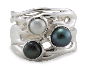 Black and White Pearl Trio Ring * Sterling Silver * Rustic Organic Jewelry * Unique Womens Engagement Ring * Promise Ring