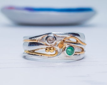 US 7 | UK O | EU 55 Personalized Sterling Silver Green Emerald and Champagne Diamond Ring for Women * Organic Gemstone Ring