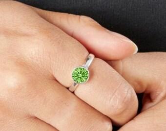 Personalised Sterling Silver Peridot Cubic Zirconia Gemstone Pendant August Birthstone Ring