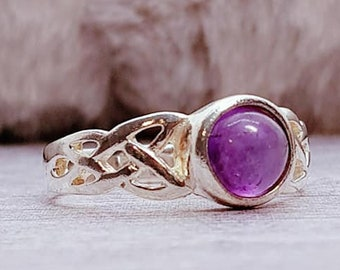 UK N Amethyst Ring * Sterling Silver * Celtic Birthstone Ring * Celtic Knot * Irish Ring * Celtic Knot Jewelry * Birthstone Ring *