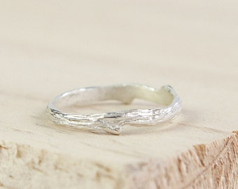 Tira * Twig Ring* Sterling Silver * Twig Engagement Ring * Twig Jewelry * Twig Branch * Silver Twig Ring * Silver Twig * Frosted Twig Ring