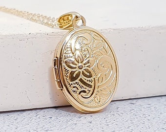 9ct Yellow Gold Oval Locket Pendant Necklace