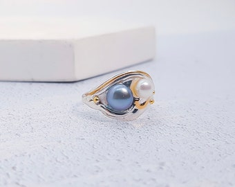 UK P / US 7.5 Sterling Silver Black and White Freshwater Pearl Ring for Women * Personalized With Up To 40 Characters * Organic