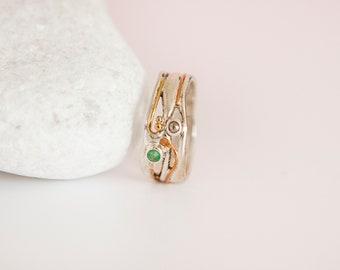 UK P   7.5US   EU56 Sterling Silver Organic Emerald and Champagne Diamond Ring