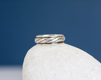 Sterling Silver Rope Twist Spinner Ring