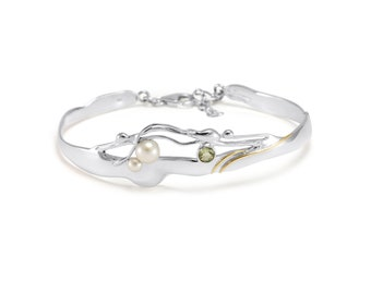 Sterling Silver Bangle Bracelet with Green Amethyst and White Pearl