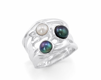 Personalized Sterling Silver Black, Peacock and White Freshwater Pearl Gemstone Ring for Women - June Birthstone