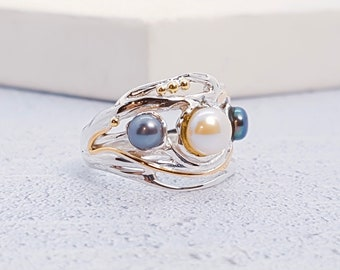 Sterling Silver Black and White Freshwater Pearl Ring for Women * Personalized With Up To 40 Characters * Organic Gemstone Ring *