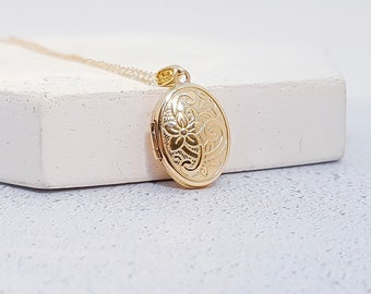 Personalized Solid Yellow Gold Engraved Locket Pendant Necklace