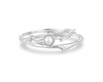 UK O / US 7 Organic Ring * Sterling Silver * Organic Jewelry * Textured Organic Jewelry * Rustic Ring Gift * Fluid Ring * Rustic Jewelry *