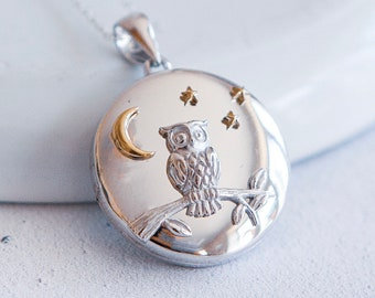 Sterling Silver Round Owl Locket Necklace * Personalized with 40 Engraved Characters * 2 Picture Photos * Memorial Keepsake * Mourning Charm