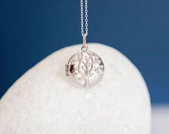 Sterling Silver Tree of Life under the Stars Locket Pendant Necklace