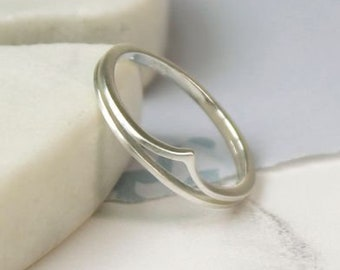 Peggy * Wishbone Ring * Sterling Silver * Stacking Ring * Stacking Jewelry * Wishbone Ring * Dainty Ring * Minimalist Style *