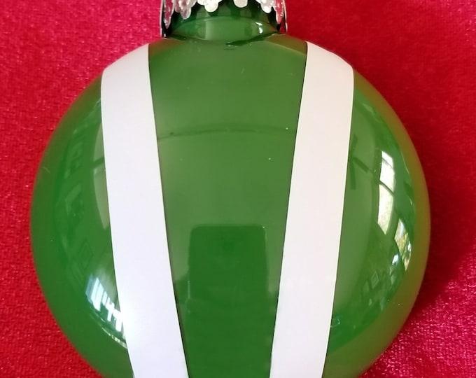 Bonnet ornament- Green