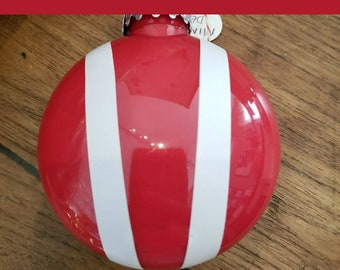 Bonnet ornament- Chili Red