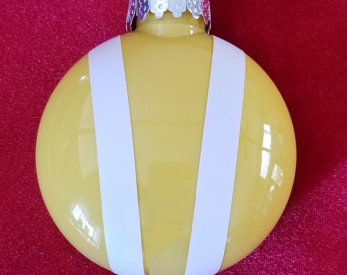 Bonnet ornament- Yellow
