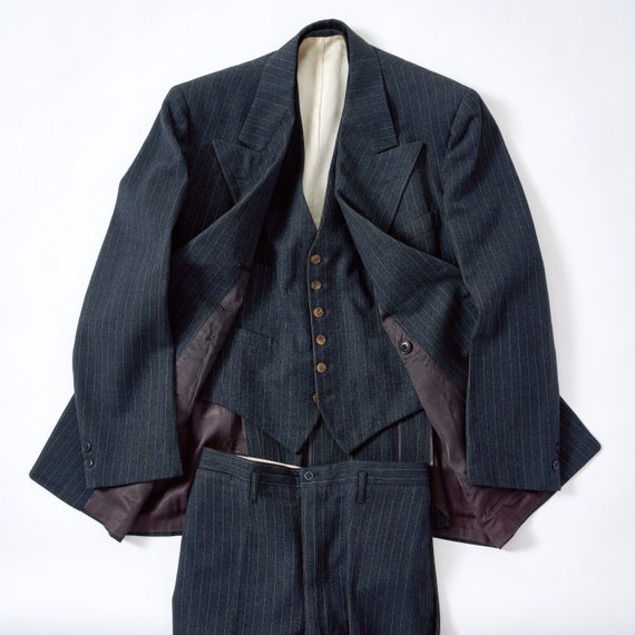 Vintage Late 30s/Early 40s DB 3 Piece Suit