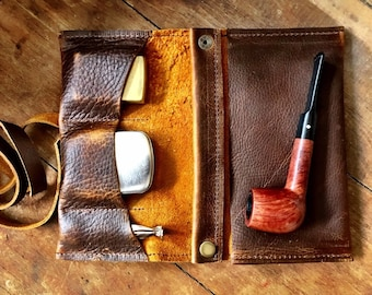 Rustic Kodiak Leather - Medium Tobacco Pipe Pouch / Pipe Roll / Pipe Bag - Oiled Brown Finish with Removable Pipe Rest and Tin