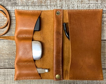 Montana - Medium Tobacco Pipe Pouch / Pipe Roll / Pipe Bag - Veg-Tanned Leather Tan Finish with Removable Pipe Rest