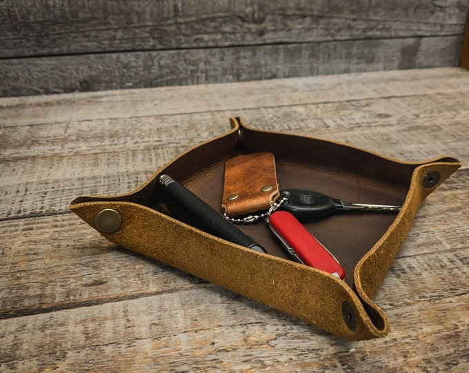 Featured listing image: Leather Travel Style Foldable / Rollable Tobacco Tray / Valet Tray (for tobacco, pipe tools, change..)