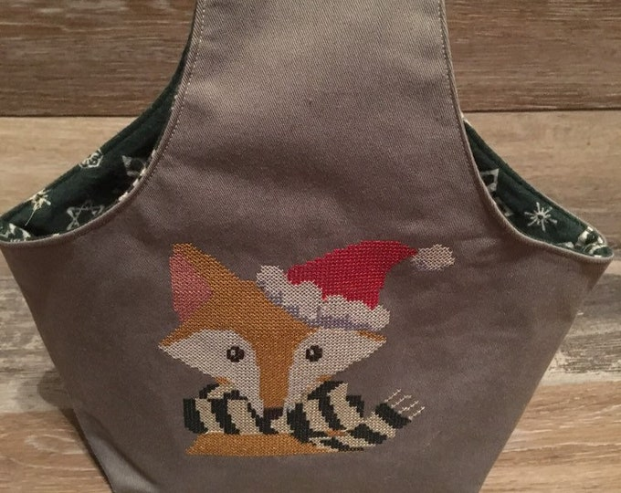 small knitting project, bag, crochet project bag, wristlet yarn bag, gift for knitter, cross stitch bag, knit, crochet, wool, yarn, fox