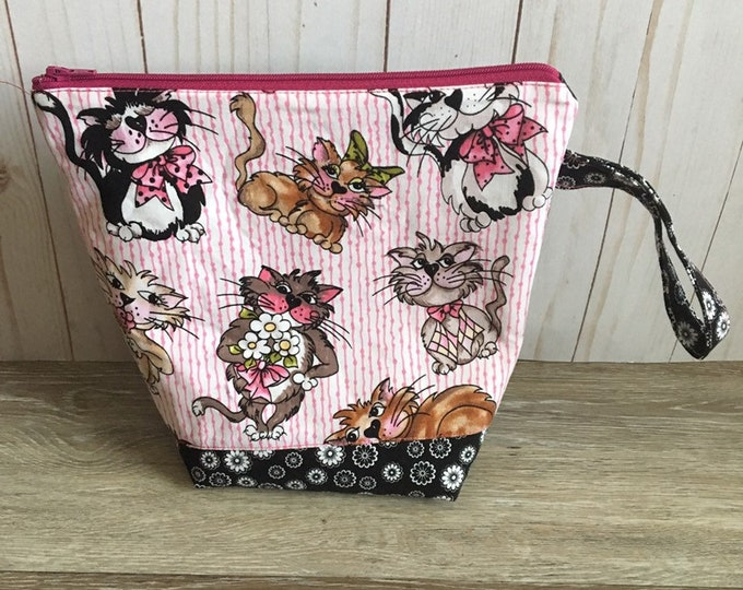 Cat bag zipper small to medium  project knitting bag 9x8.5 inches